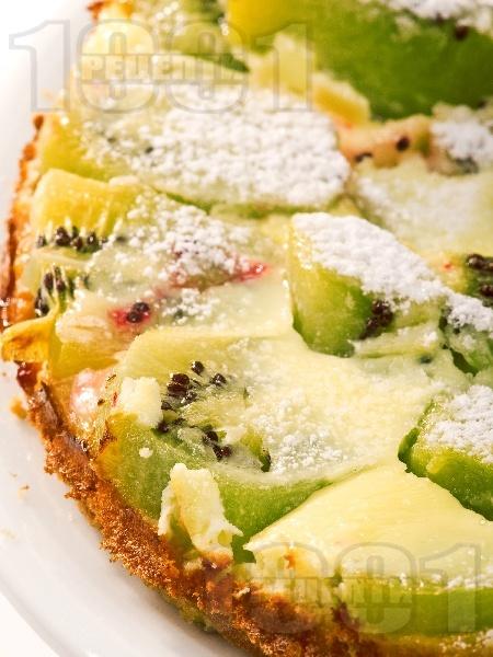 Сладка пица с киви и сметана - снимка на рецептата